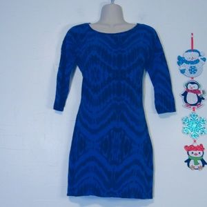 Woman's XS extra small blue and black tunic